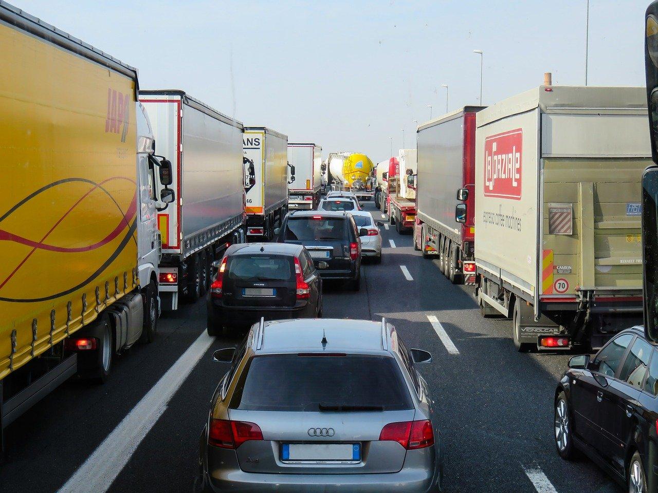 Alternativen zum geplanten Ausbau der Autobahn A4